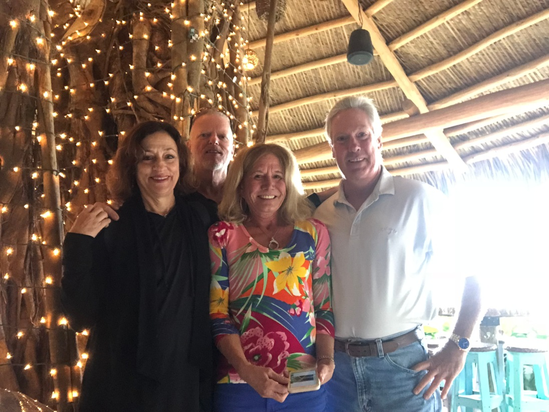 Sue,Bob,S,J 1118